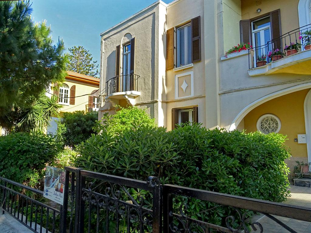 italian-for-rent-1